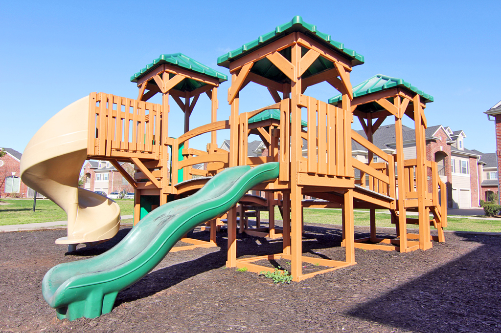 Playground at Listing #147093
