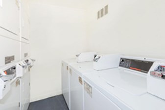 Washer/Dryer at Listing #214174