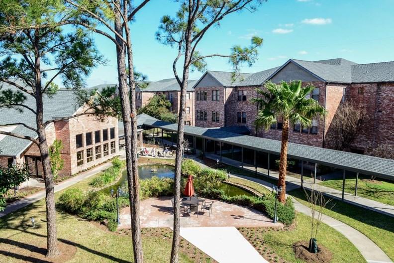 Tarrytowne Estates Apartments