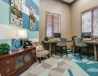Business Center at Listing #138012