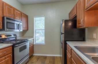 Kitchen at Listing #136090