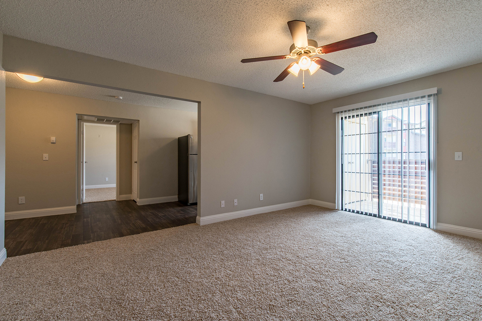Living at Listing #137295