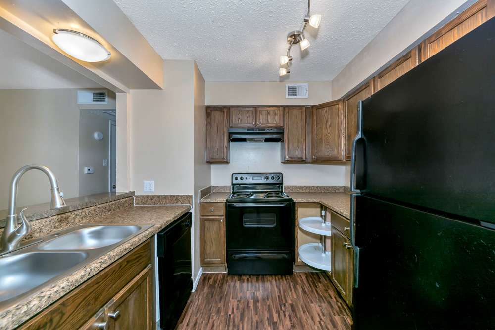 Kitchen at Listing #136928