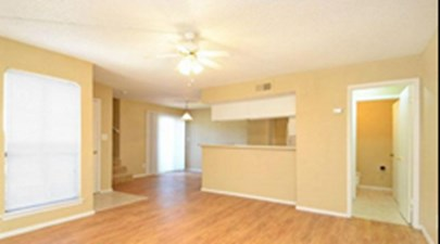 Living at Listing #140886