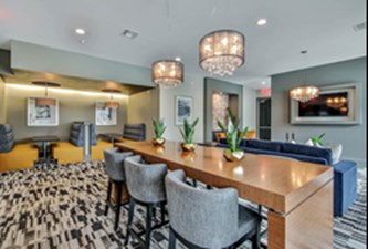 Lounge at Listing #150371