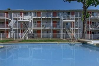 Pool at Listing #140419