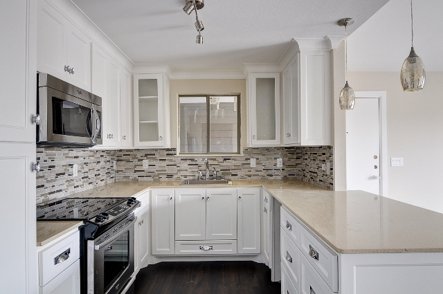 Kitchen at Listing #136264