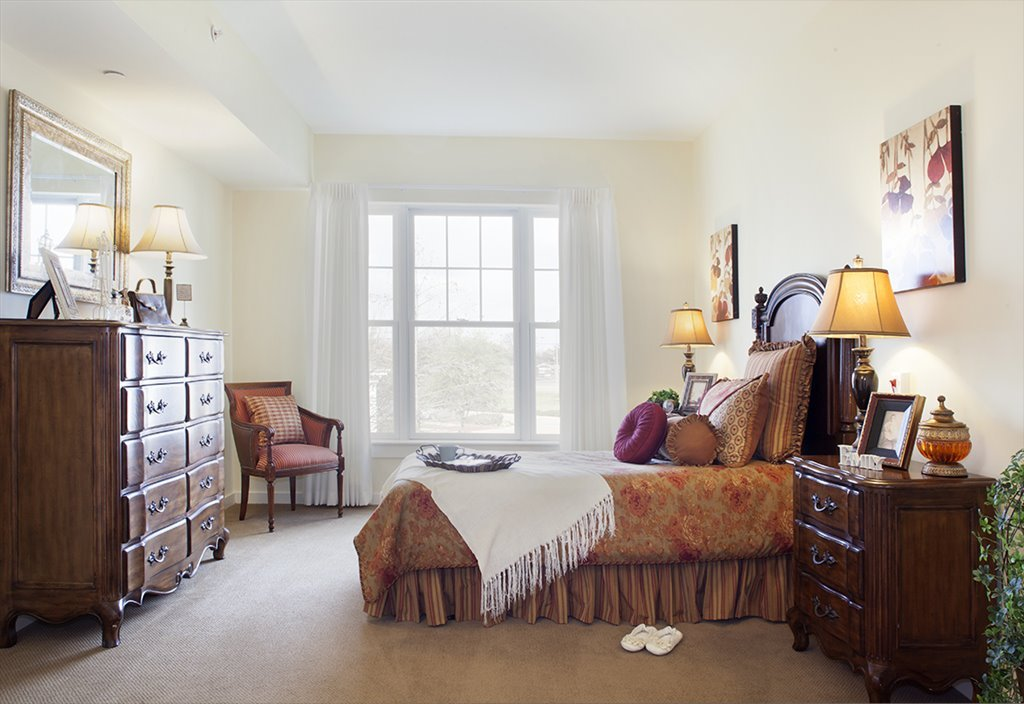 Bedroom at Listing #144872