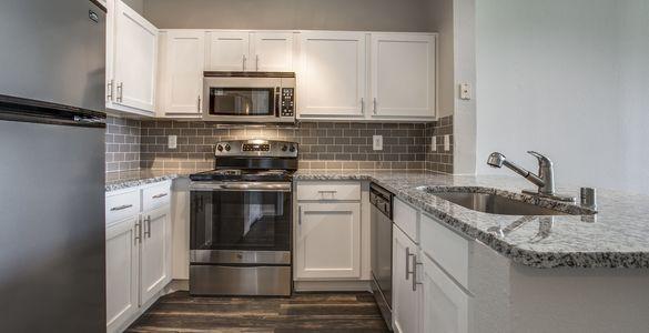 Kitchen at Listing #137647