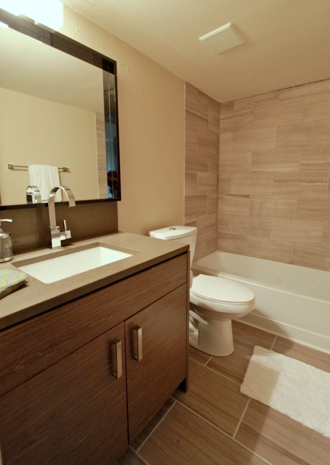 Bathroom at Listing #140401