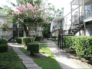 Nubia Square at Listing #139091