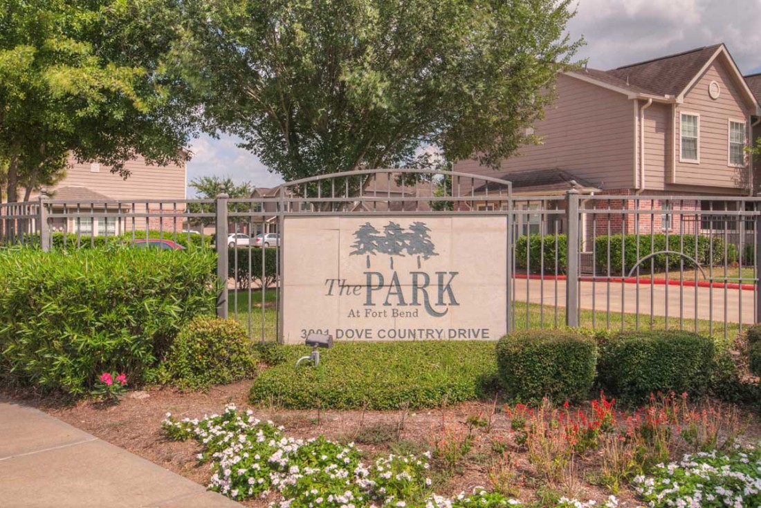 Park at Fort Bend Apartments Stafford TX
