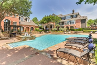Pool at Listing #137822