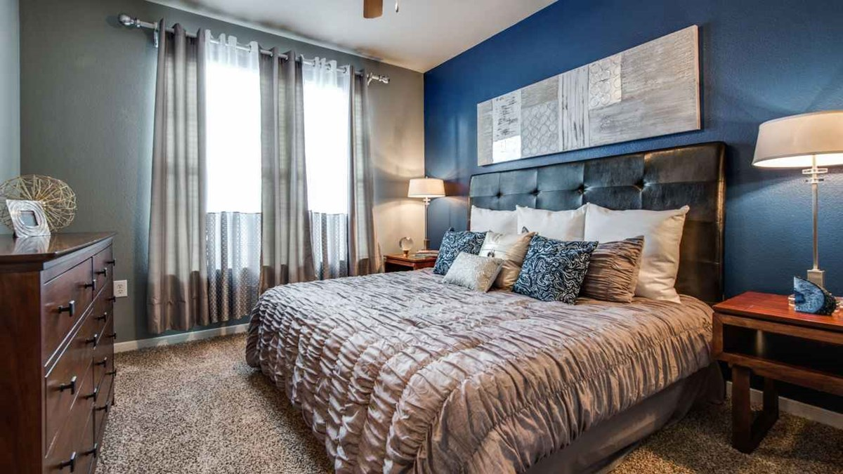 Bedroom at Listing #145665