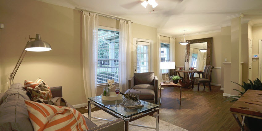 Living at Listing #138518