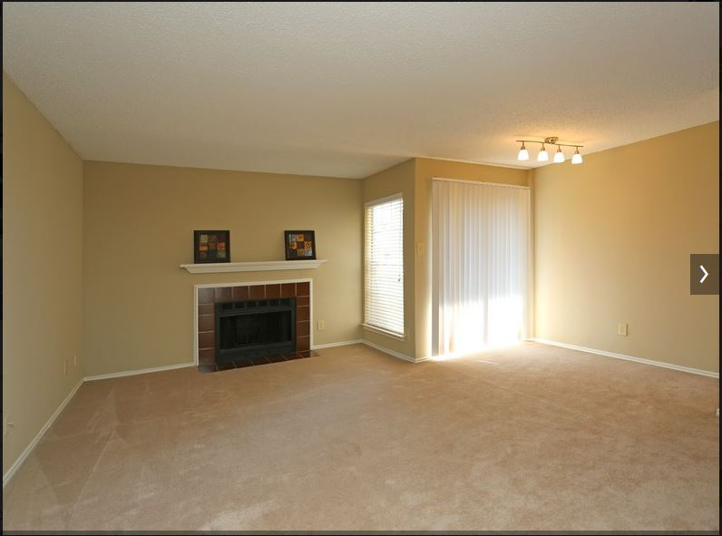 Living at Listing #136827