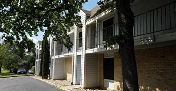 Le Med Apartments Austin TX