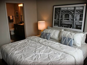 Bedroom at Listing #253213