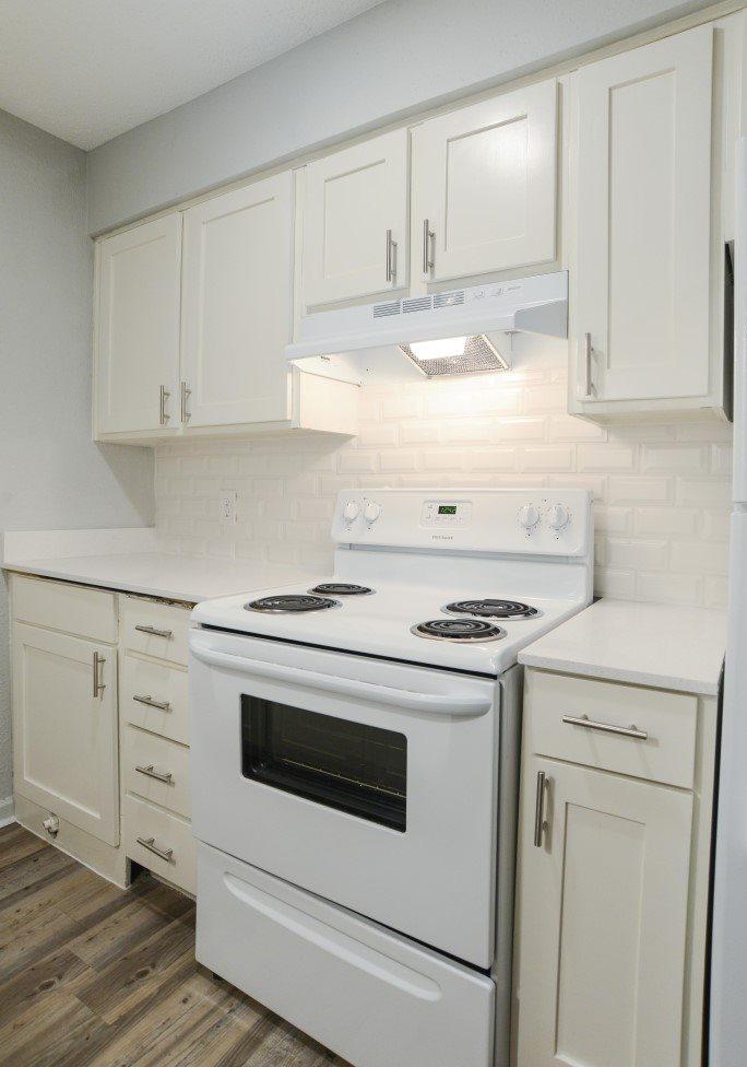 Kitchen at Listing #140584