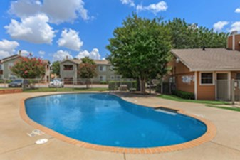Pool at Listing #140532