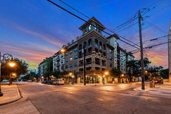 Regents West at 26th at Listing #225324