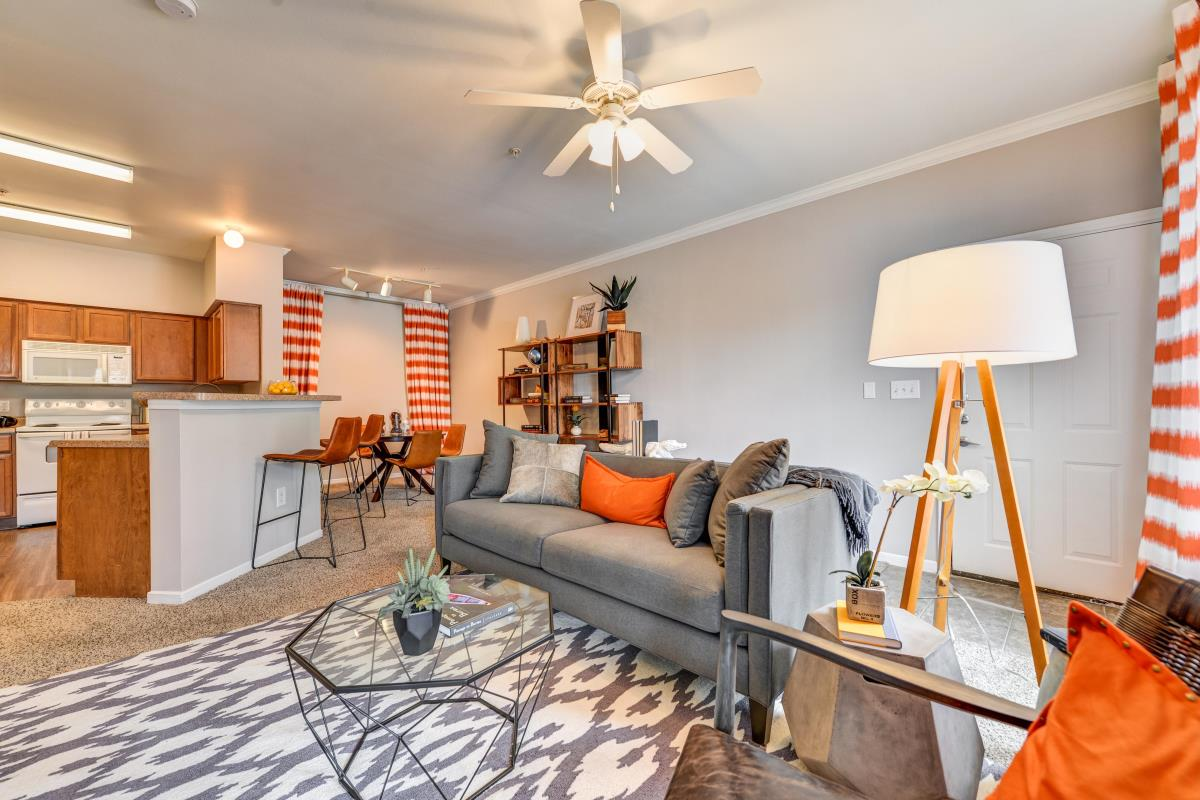 Living Room at Listing #138144