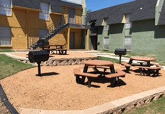 Picnic Area at Listing #137003