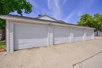 Exterior at Listing #138632