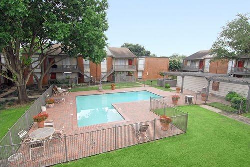 Pool at Listing #138815