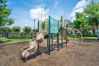 Playground at Listing #144638