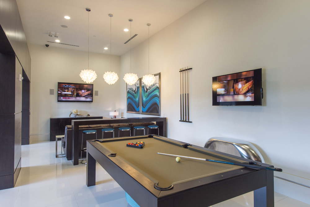 Gameroom at Listing #263578