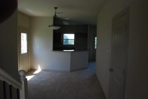 Kitchen at Listing #253221