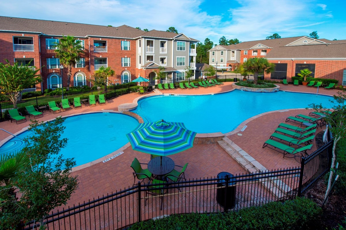 Pool at Listing #145145