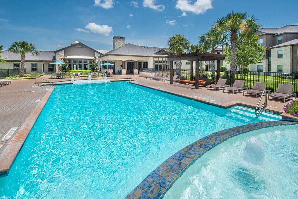 Pool at Listing #144625
