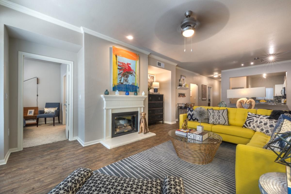 Living at Listing #137897