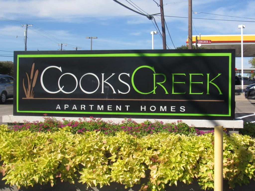 Cooks Creek Apartments Farmers Branch TX
