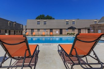 Pool at Listing #137233