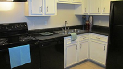 Kitchen at Listing #139591