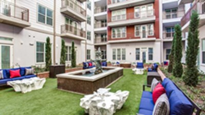 Courtyard at Listing #276014