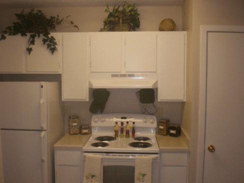 Kitchen at Listing #140450