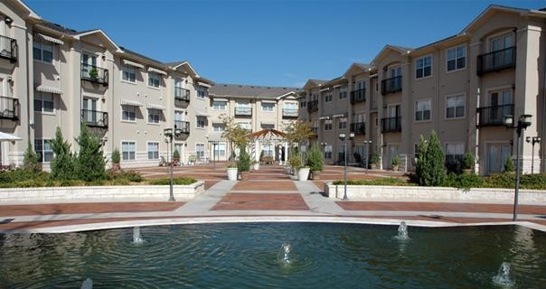 Piazza Apartments Dallas TX