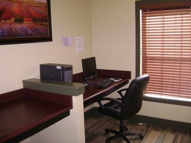 Business Center at Listing #240513