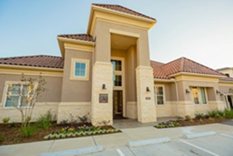 Exterior at Listing #283029