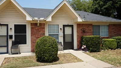 Exterior at Listing #151478