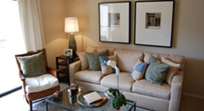 Living Room at Listing #141466