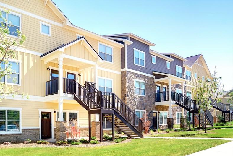 Redpointe Denton Apartments