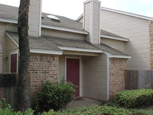 Exterior 1 at Listing #137641