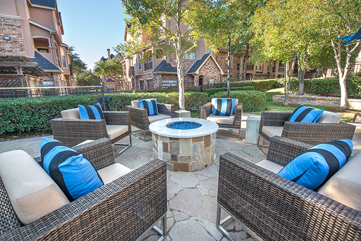 Fire Pit at Listing #137279