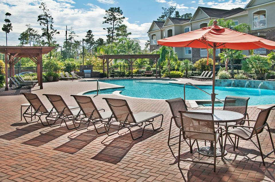 Pool at Listing #146435
