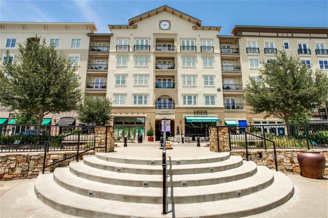 Lofts at Watters Creek I Apartments Allen TX